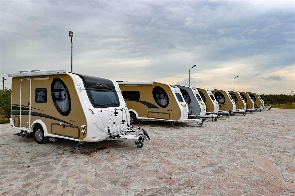 1618050072 264 Tatilcilerin yeni gozdesi karavanda ureticiler talebe yetisemiyor