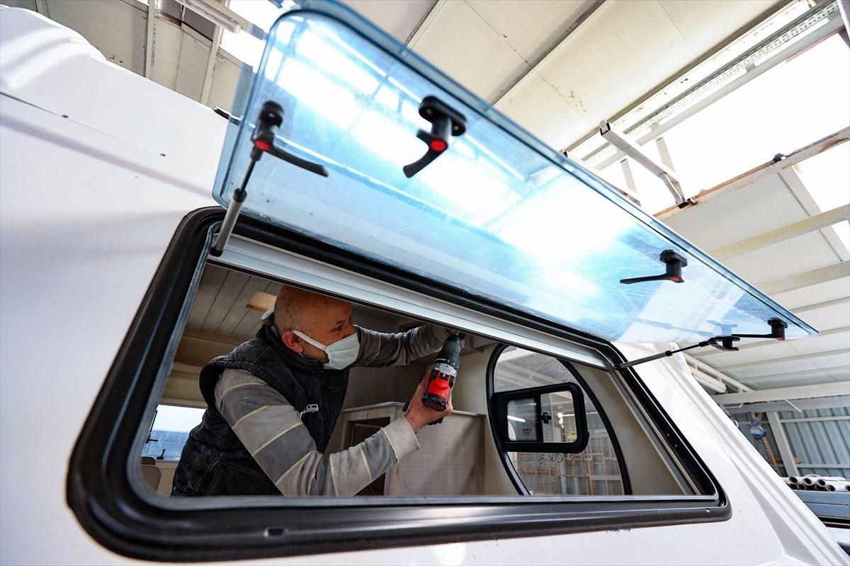 1618050072 499 Tatilcilerin yeni gozdesi karavanda ureticiler talebe yetisemiyor
