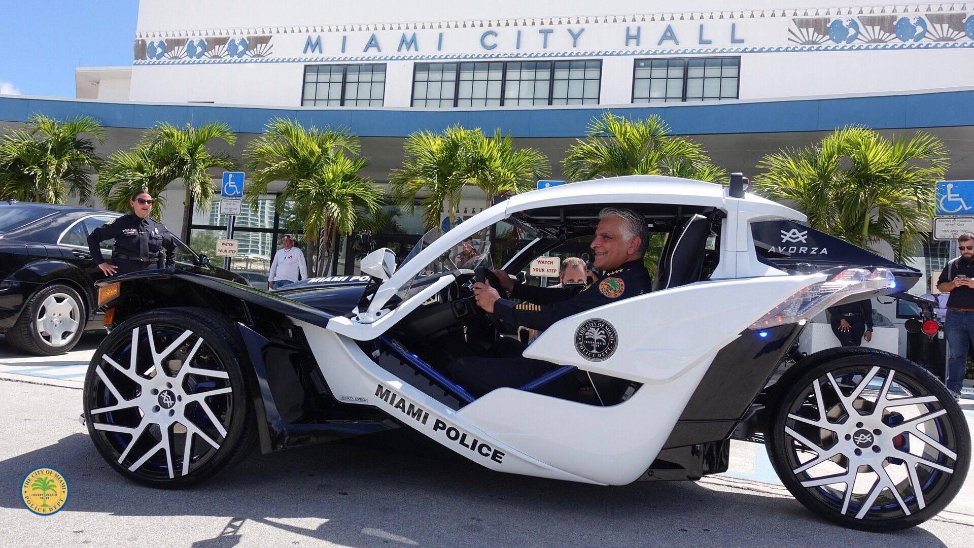 Polaris Slingshot, Miami Polis Departmanı'na katıldı