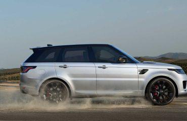 https://cdn.motor1.com/images/mgl/J40xJ/s6/land-rover-range-rover-sport-2021.jpg