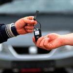 """İkinci el otomobil piyasasında """"çip"""" etkisi:Nisan ve mayıs aylarında fiyatlar artabilir"""
