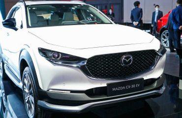 Mazda CX-30 Ön Cephe