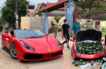Ferrari 488 GTB'nin içerisinde karpuz satılır mı?