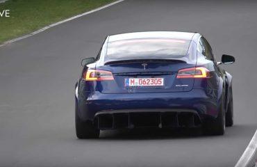 Hırçın Tesla Model S Nürburgring'de görüldü