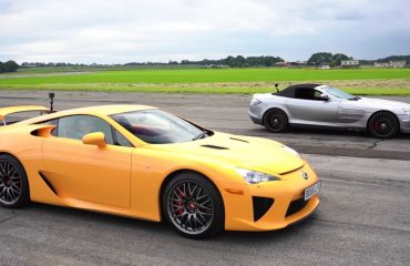 Lexus LFA ile Mercedes SLR McLaren'ın yarışını izleyin