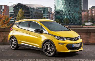 Opel, ürettiği neredeyse 10.000 Ampera-e modelini geri çağırıyor