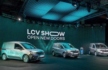 Renault'nun LCV Show etkinliğinde boy gösteren Kangoo ve kardeşleri.