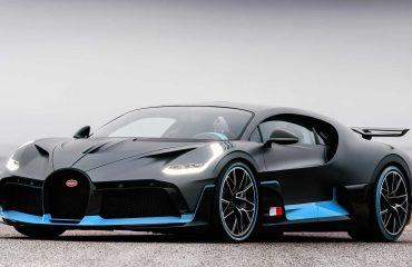 Supercar Blondie ile Bugatti Divo'nun detaylarını inceliyoruz