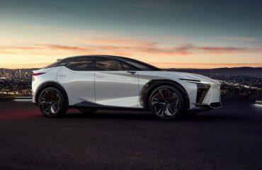 Lexus yeni konsept aracını tanıttı