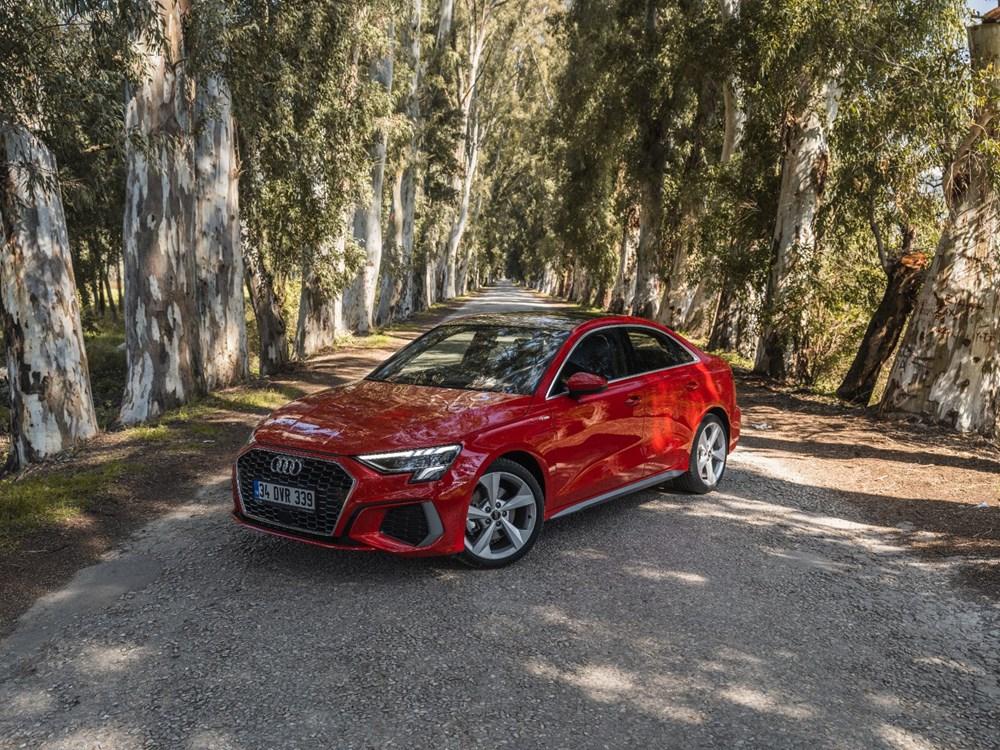 Gözü Yükseklerde: Yeni Audi A3 (Otofark test sürüşü) - 2
