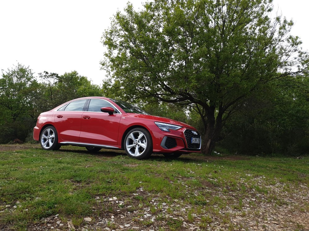 Gözü Yükseklerde: Yeni Audi A3 (Otofark test sürüşü) - 13