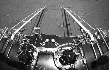 Çin, Tianwen-1 üzerinden ilk Mars fotoğrafılarını yayımladı