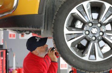 Sıfır araçlara'ekspertiz' uyarısı   NTV