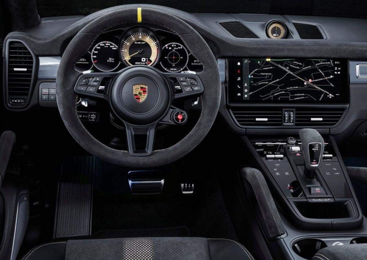 1625049175 196 Porsche SUV ailesinin 640 beygirlik yeni uyesi Cayenne Turbo GT