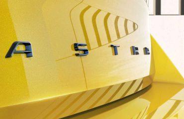 2022 Opel Astra teaser görselleri