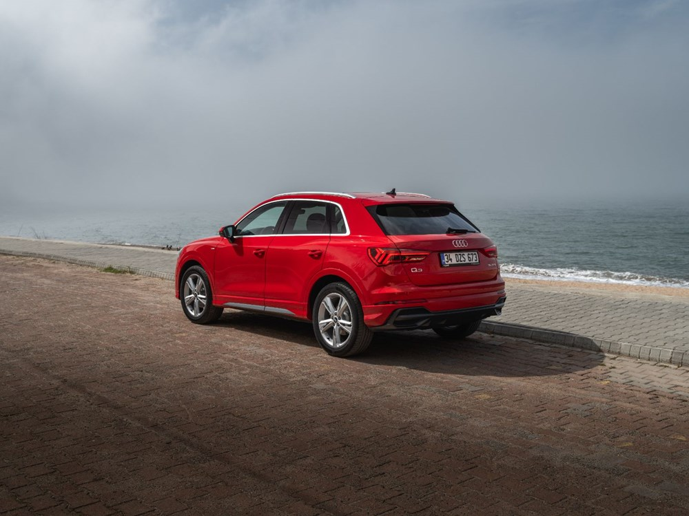 OTOMOBİL TESTİ: Tüm ayrıntılarıyla yenilenen Audi Q3 - 15