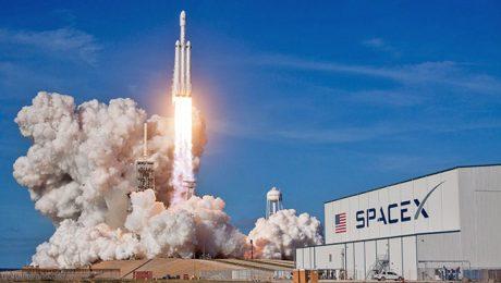 SpaceX Falcon Heavy roket Elon Musk