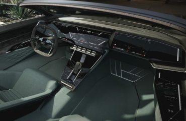 Audi Skysphere; Batman'i kıskandıracak otonom Roadster geleceği
