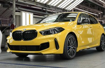 BMW kişiselleştirilmiş boyalı araba.