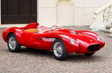 Ferrari Testa Rossa J Ölçekli Kopya Önden Görünüm