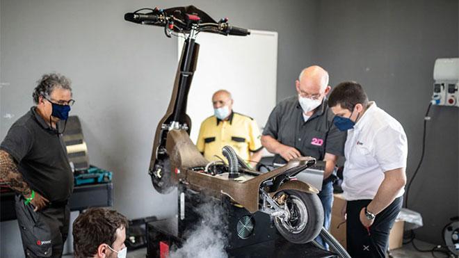 100 km s hiz yapabilen elektrikli scooter eskootr s1x pistlere hazir 2