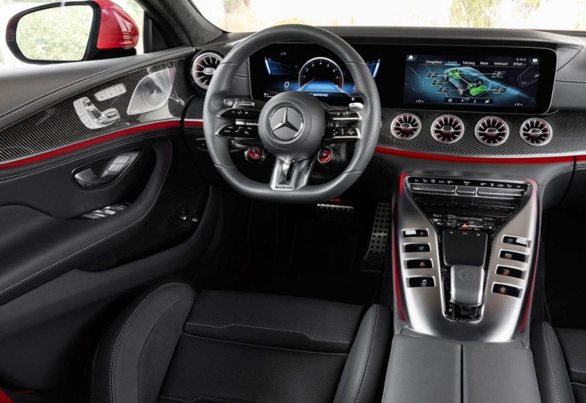 1630569618 523 Mercedes en guclu AMGyi tanitti 842 beygirlik hibrit