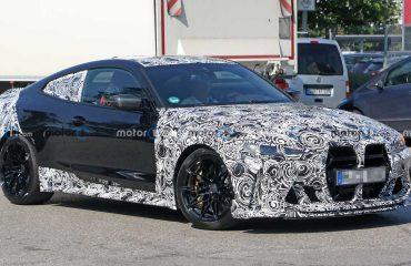 2021 BMW M4 CSL casus fotoğrafı.