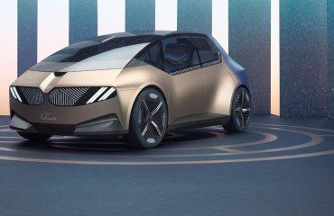 BMW'den tamamen geri dönüştürülebilir şehir aracı: BMW iVision Circular