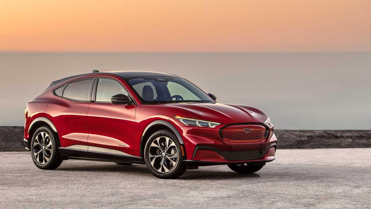 Ford Mustang Mach-E Ön Cephe