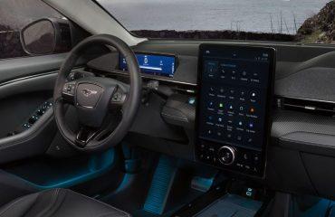 Ford, yeni elektrikli araçlarını Dijital Autoshow'da görücüye çıkardı