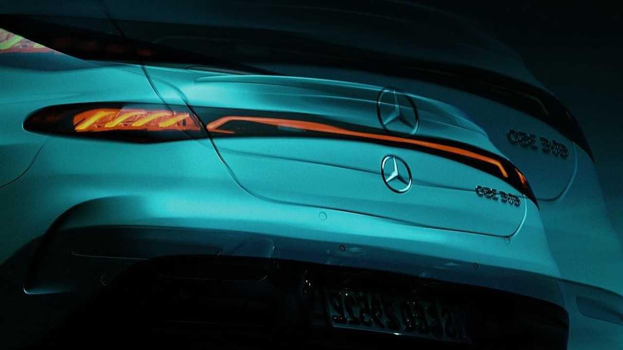 Mercedes-Benz EQE Teaser