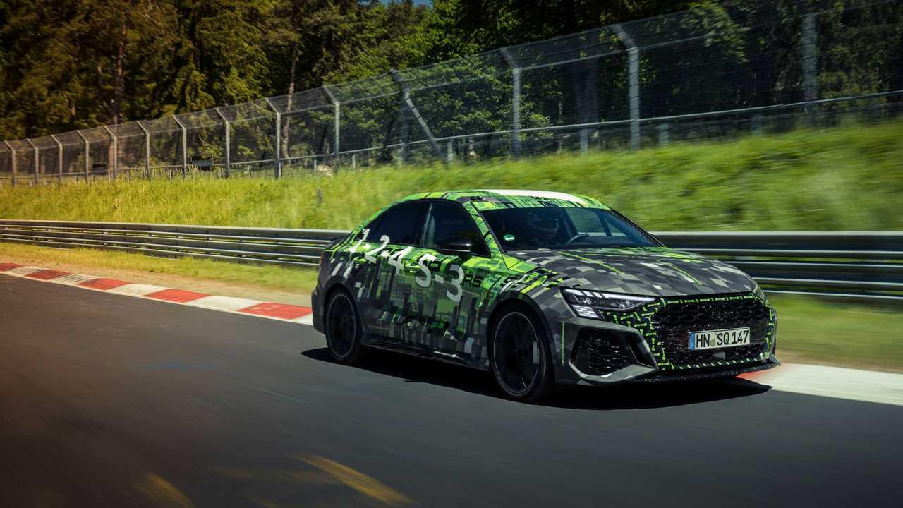 Audi RS3 Pirelli lastikleri