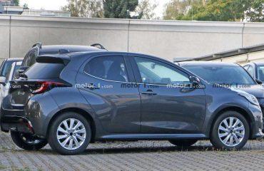 2022 Mazda2 casus fotoğraf